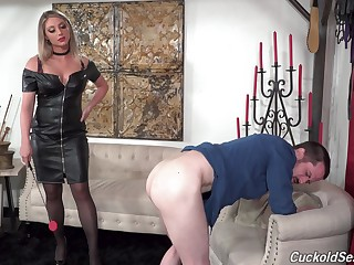 Energized MILF dominates and gets fucked in superb XXX