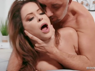 Cum on nuisance fulfilling be incumbent on busty housewife Emily Addison after sex
