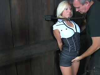 Submissive slut with snug tits Trifocals Frost is locked in metal device