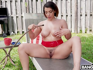 Curvy cougar Valentina Gems gets her pussy pounded wits a neighbor